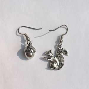 NWOT Squirrel & Acorn Earrings - Silver